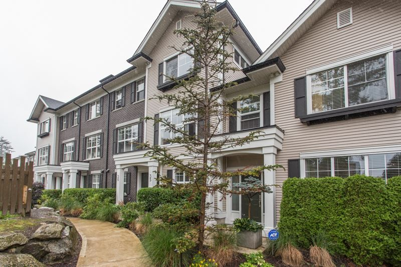 """Main Photo: 35 2469 164 Street in Surrey: Grandview Surrey Townhouse for sale in """"AbbeyRoad"""" (South Surrey White Rock)  : MLS®# R2398912"""