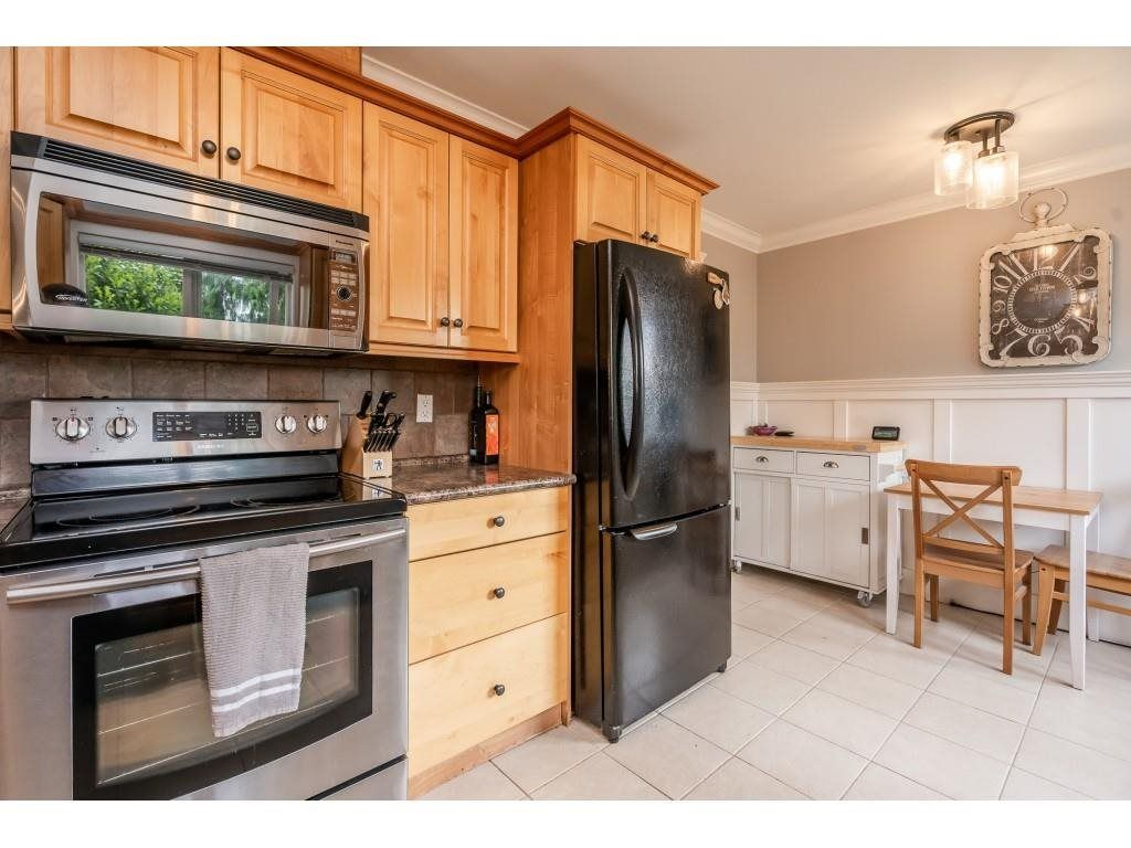 Photo 9: Photos: 32093 SANDPIPER Drive in Mission: Mission BC House for sale : MLS®# R2588043