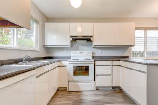Photo 5: 3320 JERVIS Street in Port Coquitlam: Woodland Acres PQ House for sale : MLS®# R2583092