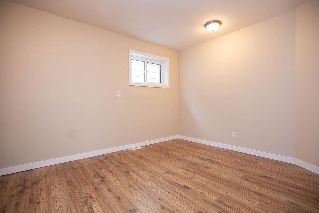 Photo 20: Photos: 284 Parkview Street in Winnipeg: St James Residential for sale (5E)  : MLS®# 202004878
