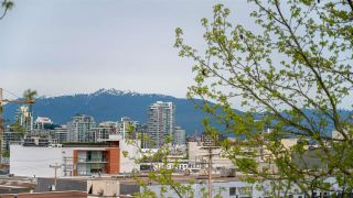 """Photo 15: 301 338 W 8TH Avenue in Vancouver: Mount Pleasant VW Condo for sale in """"LOFT 338"""" (Vancouver West)  : MLS®# R2615229"""