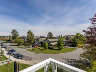Photo 5: 308 2227 James White Blvd in : Si Sidney North-East Condo for sale (Sidney)  : MLS®# 874603