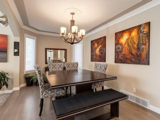 Photo 7: 123 SIGNATURE Terrace SW in Calgary: Signal Hill Detached for sale : MLS®# C4303183
