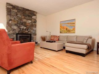 Photo 3: 4875 GREAVES Crescent in COURTENAY: CV Courtenay West House for sale (Comox Valley)  : MLS®# 701288