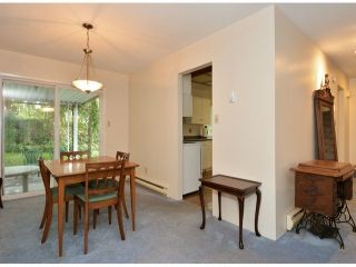 """Photo 5: 15909 GOGGS Avenue: White Rock House for sale in """"White Rock"""" (South Surrey White Rock)  : MLS®# F1424836"""