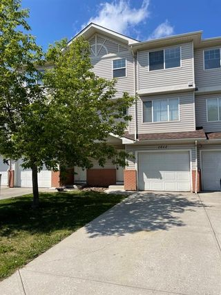 Main Photo: 1012 7038 16 Avenue SE in Calgary: Applewood Park Row/Townhouse for sale : MLS®# A1132105