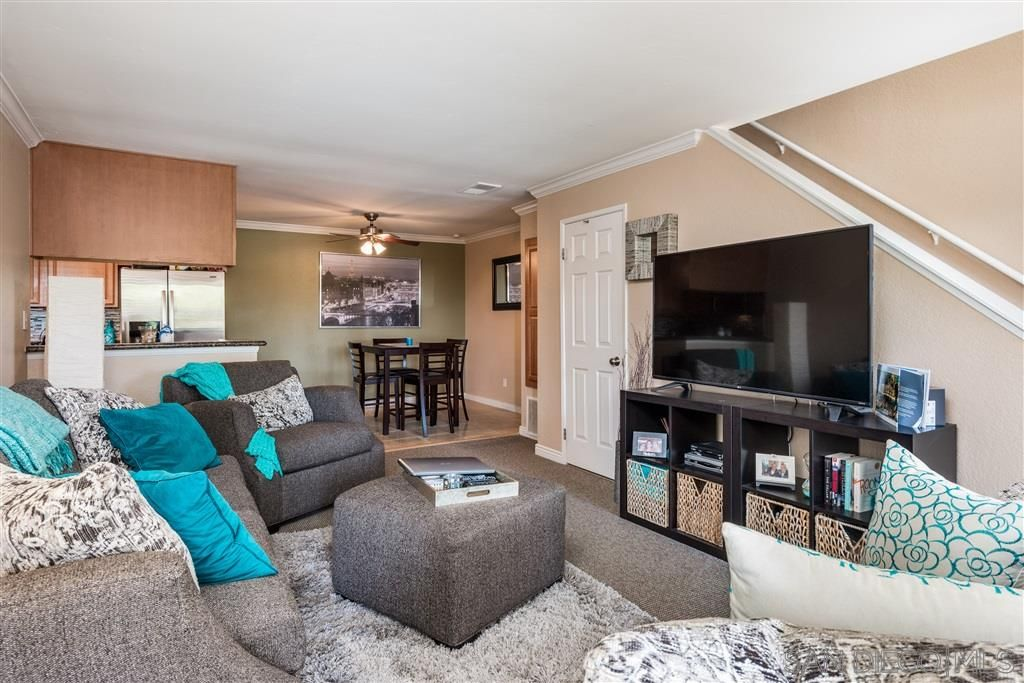 Main Photo: SAN DIEGO Townhouse for rent : 2 bedrooms : 3615 Ash St