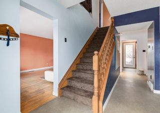 Photo 4: 5904 Lockinvar Road SW in Calgary: Lakeview Detached for sale : MLS®# A1076389