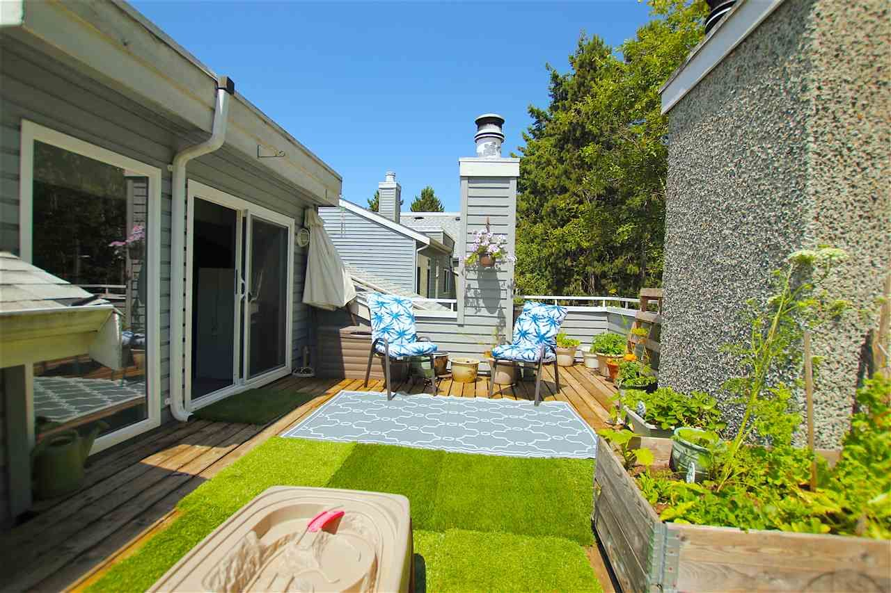 """Main Photo: 369 8025 CHAMPLAIN Crescent in Vancouver: Champlain Heights Condo for sale in """"CHAMPLAIN RIDGE"""" (Vancouver East)  : MLS®# R2402571"""