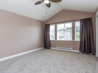 """Photo 10: 76 19932 70 Avenue in Langley: Willoughby Heights Townhouse for sale in """"Summerwood"""" : MLS®# R2380626"""