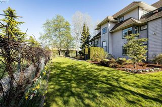 Photo 21: 102 1196 Sluggett Rd in BRENTWOOD BAY: CS Brentwood Bay Condo for sale (Central Saanich)  : MLS®# 838000