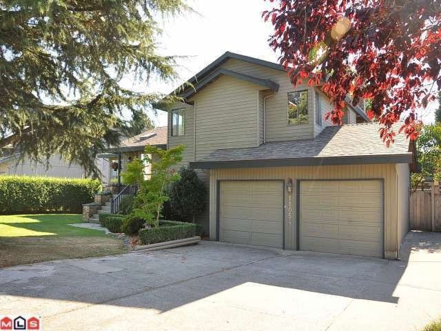 """Photo 1: Photos: 11054 BRIDLINGTON Drive in Delta: Nordel House for sale in """"ROYAL YORK"""" (N. Delta)  : MLS®# F1222010"""