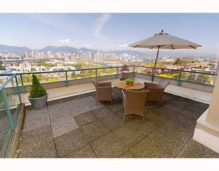"Photo 12: 601 1355 W BROADWAY Street in Vancouver: Fairview VW Condo for sale in ""THE BROADWAY"" (Vancouver West)  : MLS®# V646336"