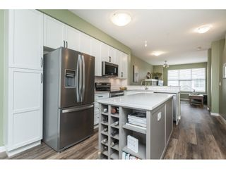 """Photo 8: 86 20460 66 Avenue in Langley: Willoughby Heights Townhouse for sale in """"Willow Edge"""" : MLS®# R2445732"""