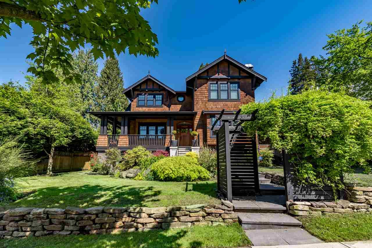Main Photo: 2937 W 45TH AVENUE in : Kerrisdale House for sale : MLS®# R2166331