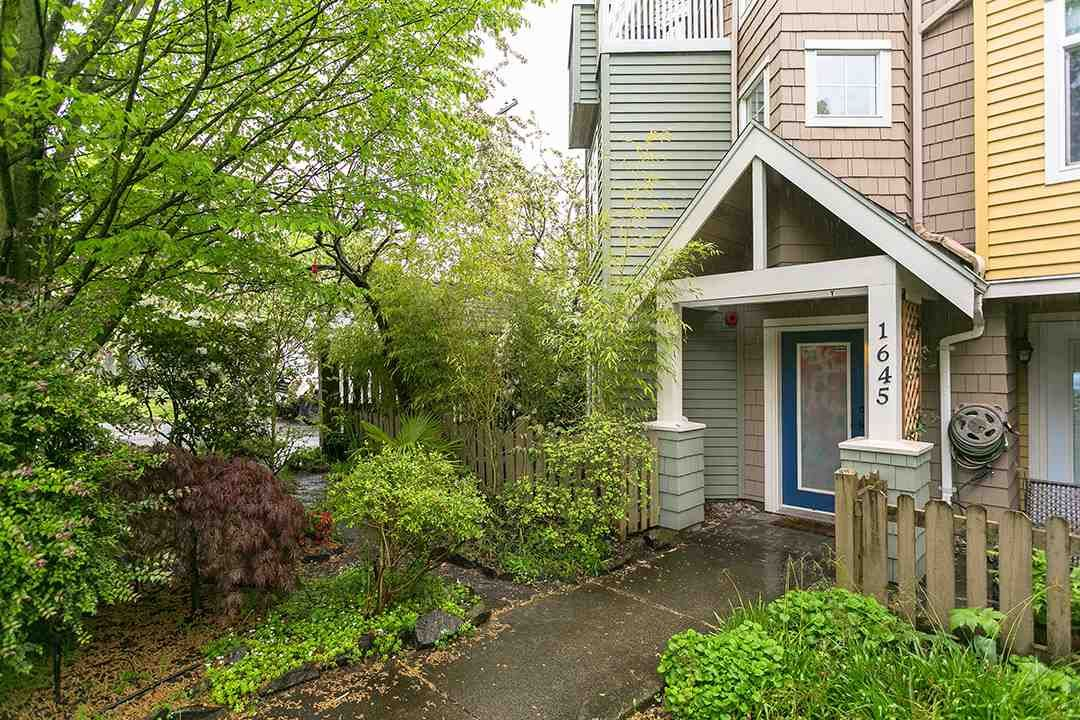 """Main Photo: 1645 MCLEAN Drive in Vancouver: Grandview VE Townhouse for sale in """"COBB HILL"""" (Vancouver East)  : MLS®# R2271073"""