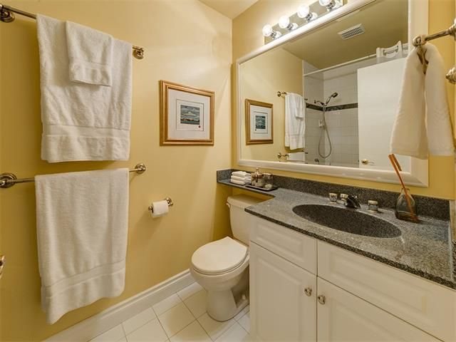 Photo 35: Photos: 7016 KENOSEE Place SW in Calgary: Kelvin Grove House for sale : MLS®# C4055215