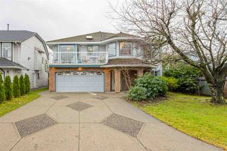 Photo 2: 19034 DOERKSEN DRIVE in Pitt Meadows: Central Meadows House for sale : MLS®# R2519317