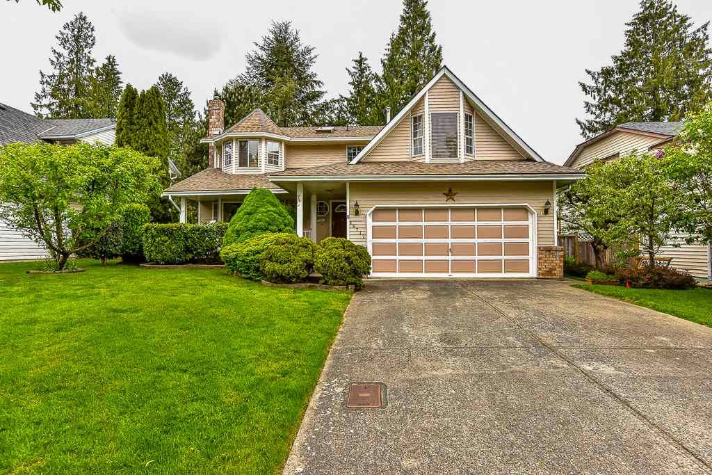 Main Photo: 15777 91A Avenue in Surrey: Fleetwood Tynehead House for sale : MLS®# R2061823
