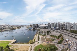 Photo 3: 2105 120 MILROSS Avenue in Vancouver: Downtown VE Condo for sale (Vancouver East)  : MLS®# R2617416