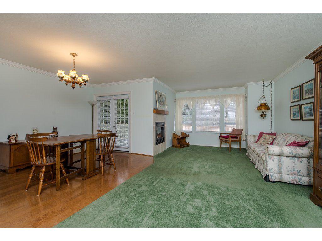 "Photo 8: Photos: 8 21848 50 Avenue in Langley: Murrayville Townhouse for sale in ""CEDAR CREST ESTATES"" : MLS®# R2132089"