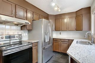 Photo 11: 262 SANDSTONE Place NW in Calgary: Sandstone Valley Detached for sale : MLS®# C4294032