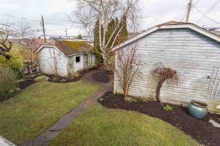 "Photo 19: 855 E 19TH Avenue in Vancouver: Fraser VE House for sale in ""Kensington Cedar Cottage"" (Vancouver East)  : MLS®# R2146655"