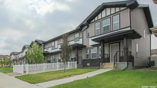 Photo 1: 5413 Green Brooks Way East in Regina: Greens on Gardiner Residential for sale : MLS®# SK859283