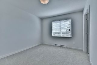 Photo 2: 59 14555 68 Avenue in Surrey: East Newton Townhouse for sale : MLS®# R2209199