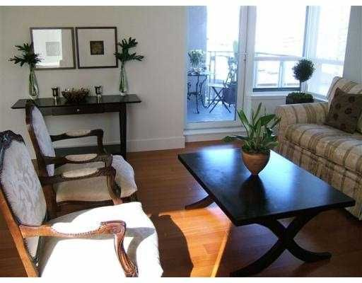 """Photo 3: Photos: 1530 W 8TH Ave in Vancouver: Fairview VW Condo for sale in """"PINTURA"""" (Vancouver West)  : MLS®# V636610"""