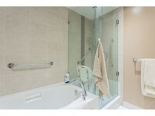 """Photo 17: 304 14824 NORTH BLUFF Road: White Rock Condo for sale in """"The BELAIRE"""" (South Surrey White Rock)  : MLS®# R2534399"""
