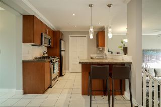 """Photo 14: 84 15353 100 Avenue in Surrey: Guildford Townhouse for sale in """"Soul of Guildford"""" (North Surrey)  : MLS®# R2211059"""