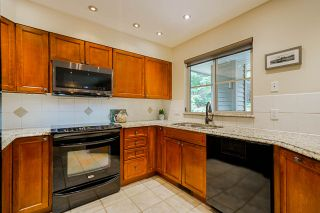 """Photo 15: 38 1550 LARKHALL Crescent in North Vancouver: Northlands Townhouse for sale in """"Nahanee Woods"""" : MLS®# R2545502"""