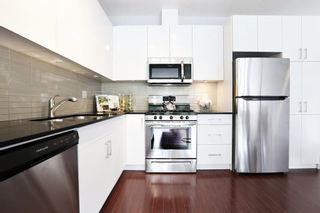 Photo 6: 201 2828 YEW Street in Vancouver: Kitsilano Condo for sale (Vancouver West)  : MLS®# R2587045
