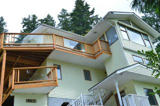 Photo 1: 5704 CARMEL Place in Sechelt: Sechelt District House for sale (Sunshine Coast)  : MLS®# R2122869
