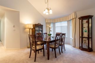 """Photo 7: 32 2672 151 Street in Surrey: Sunnyside Park Surrey Townhouse for sale in """"Westerlea"""" (South Surrey White Rock)  : MLS®# R2452535"""