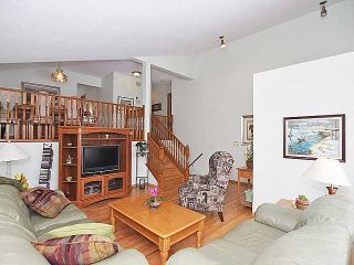 Photo 4: 196 HAWKHILL Way NW in CALGARY: Hawkwood Residential Detached Single Family for sale (Calgary)  : MLS®# C3558040