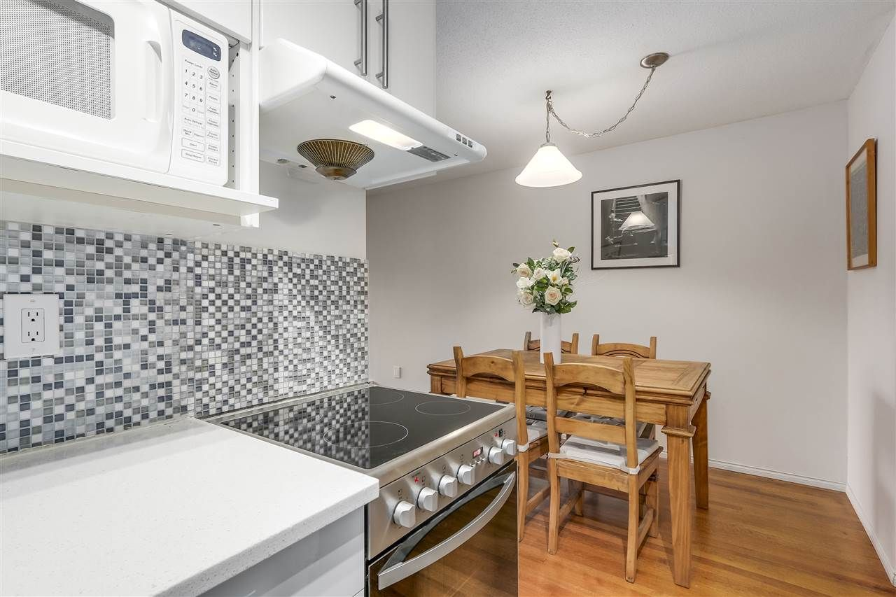 Photo 8: Photos: 213 2125 W 2ND Avenue in Vancouver: Kitsilano Condo for sale (Vancouver West)  : MLS®# R2230059