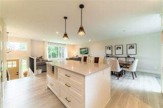 """Photo 12: 27577 84 Avenue in Langley: County Line Glen Valley House for sale in """"Glen Valley"""" : MLS®# R2575837"""
