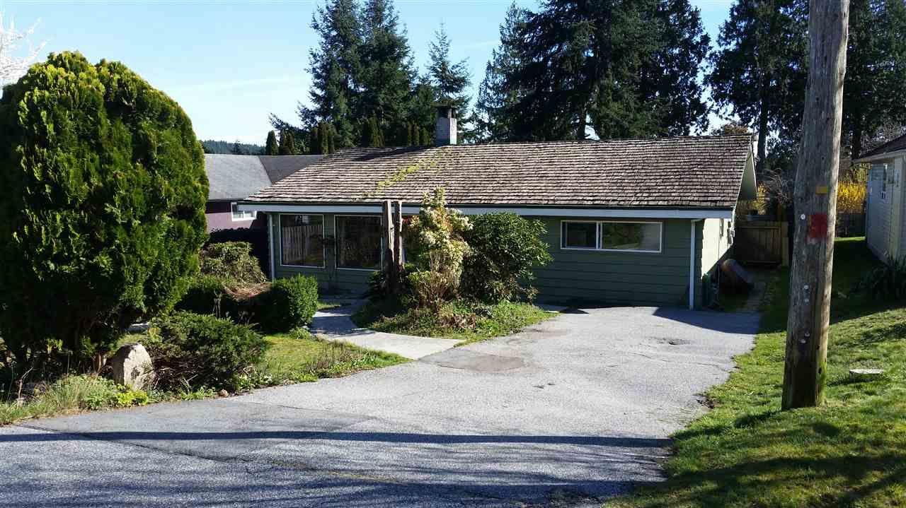 Main Photo: 5805 ANCHOR Road in Sechelt: Sechelt District House for sale (Sunshine Coast)  : MLS®# R2047617