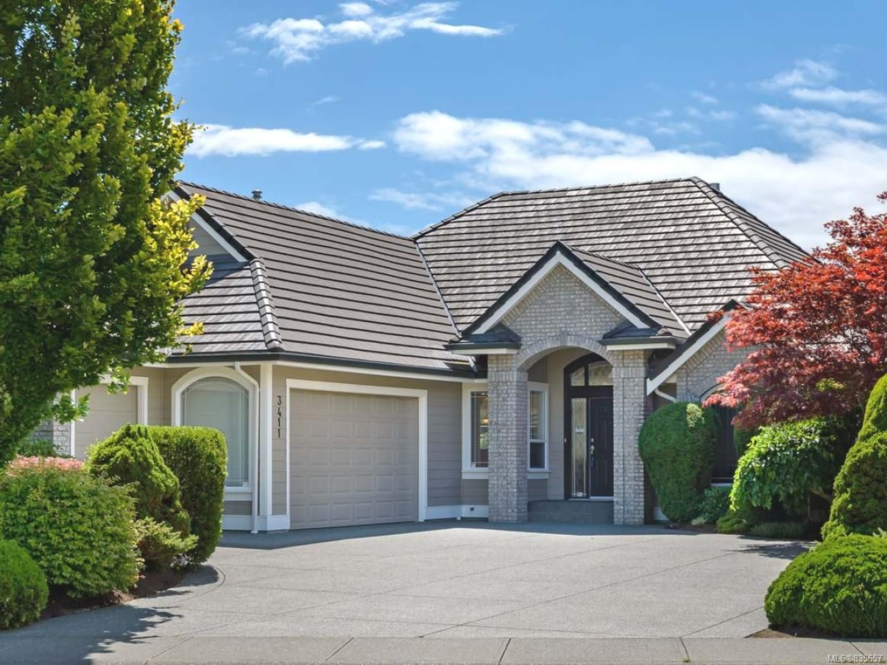 Main Photo: 3411 Royal Vista Way in COURTENAY: CV Crown Isle House for sale (Comox Valley)  : MLS®# 835657