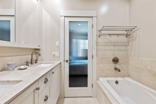 """Photo 17: 101 2580 LANGDON Street in Abbotsford: Abbotsford West Townhouse for sale in """"The Brownstones"""" : MLS®# R2563878"""