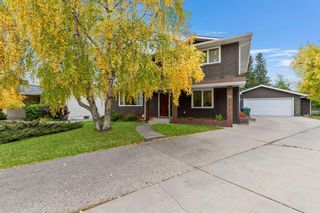 Photo 2: 221 Dalcastle Close NW in Calgary: Dalhousie Detached for sale : MLS®# A1148966