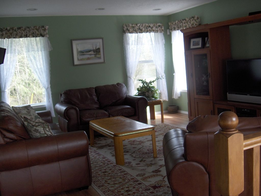 Photo 12: Photos: 4716 Cowichan Lake Road in Duncan: House  (FVREB Out of Town)  : MLS®# VIREB 287173