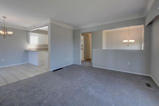 Photo 8: 530 Dunbar Cres in : SW Glanford House for sale (Saanich West)  : MLS®# 878568