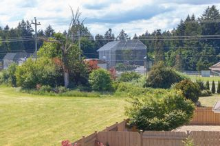 Photo 18: 10 1893 Prosser Rd in Central Saanich: CS Saanichton Row/Townhouse for sale : MLS®# 789357