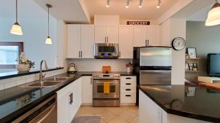 """Photo 3: 29 40632 GOVERNMENT Road in Squamish: Brackendale Townhouse for sale in """"Riverswalk"""" : MLS®# R2576344"""