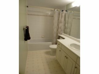 """Photo 7: 207 33708 KING Road in Abbotsford: Poplar Condo for sale in """"College Park (South buildings)"""" : MLS®# F1306914"""