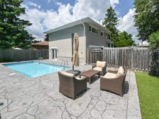 Photo 27: 40 Fareham Cres in Toronto: Guildwood Freehold for sale (Toronto E08)  : MLS®# E4851015