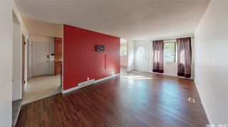 Photo 4: 2034 Queen Street in Regina: Cathedral RG Residential for sale : MLS®# SK871200